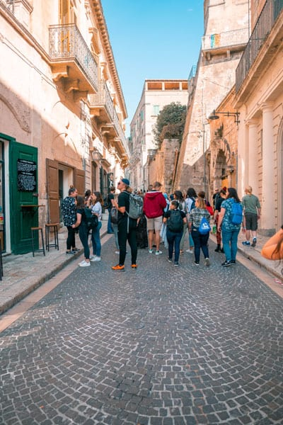 Gap year students in Up with People travel Italy